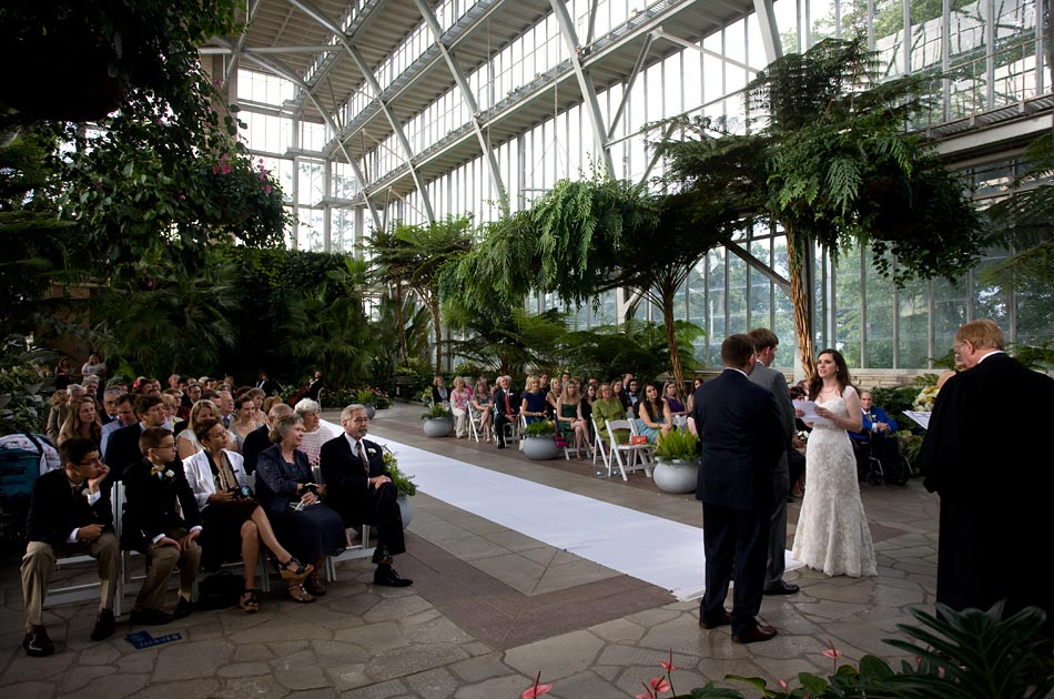 Katie Beth And Greg S Wedding Ceremony Held At The Jewel Box Reception Deer Creek Club In St Louis Mo June 2017