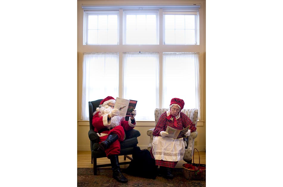santa-tunbridge-library-2013-004