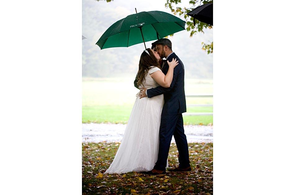 quechee-vt-wedding-inn-marshland-farm-007