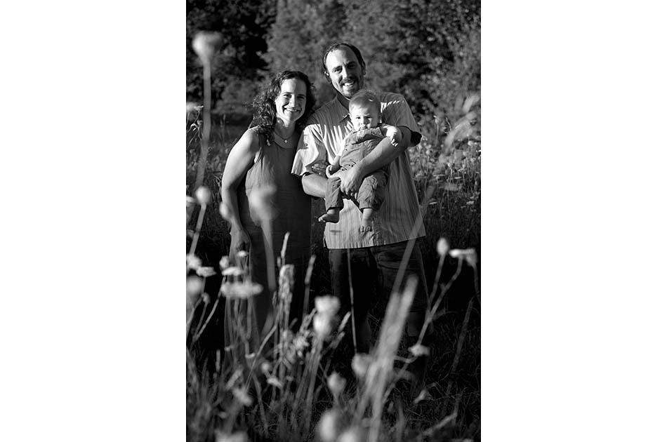backyard-wedding-tunbridge-vt-002