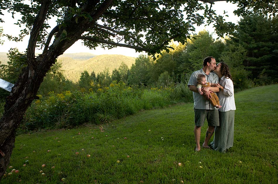 backyard-wedding-tunbridge-vt-004
