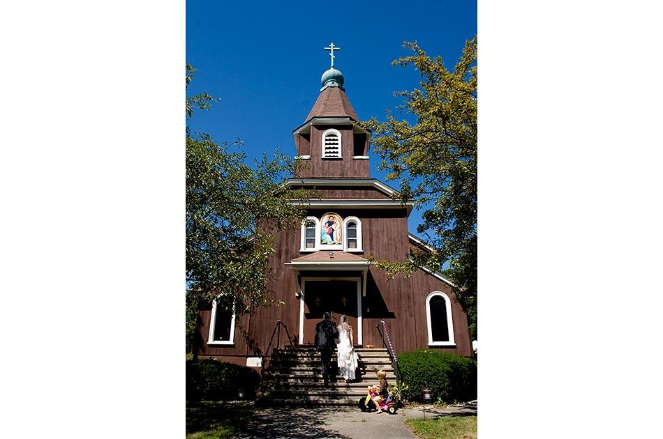 holy-resurrection-orthodox-church-wedding-claremont-nh-001