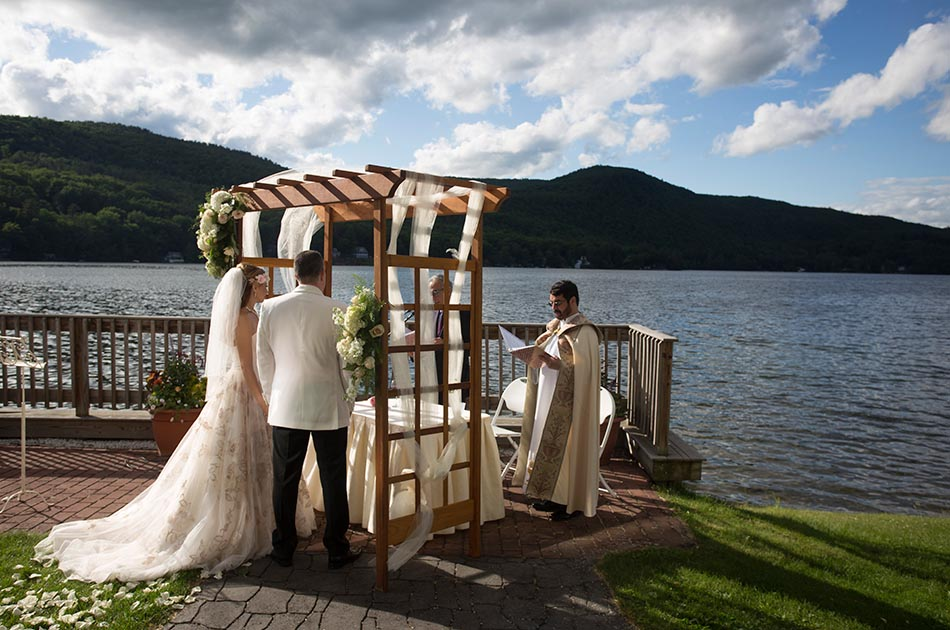lake-morey-resort-wedding-fairlee-vt-004