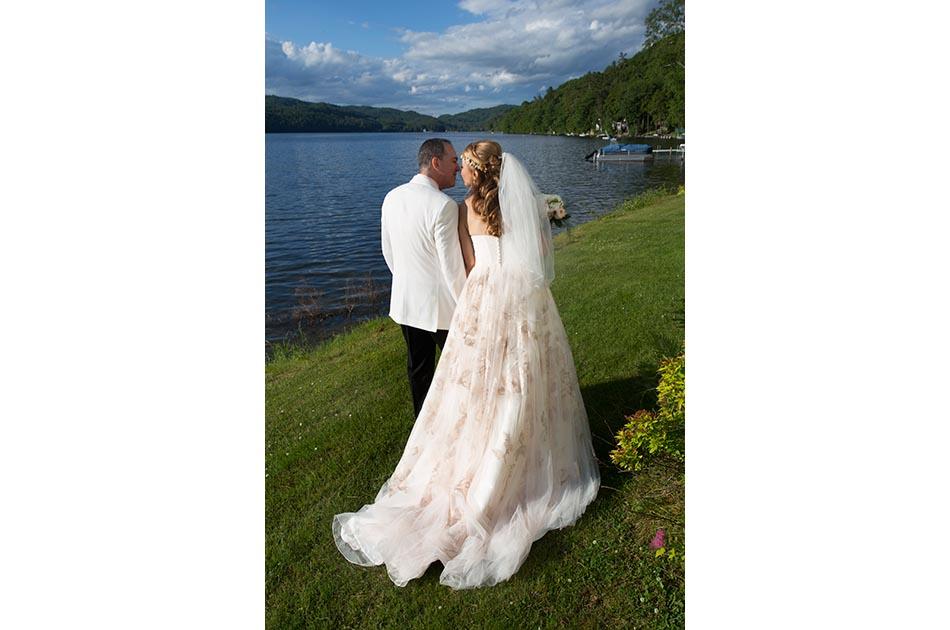 lake-morey-resort-wedding-fairlee-vt-011