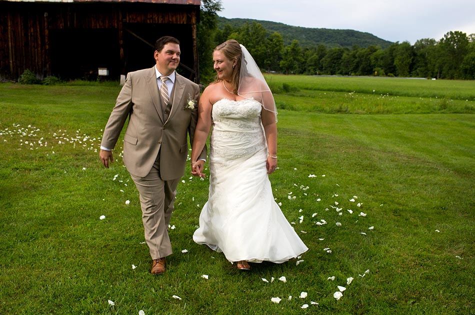 farmhouse-inn-wedding-woodstock-vt-001