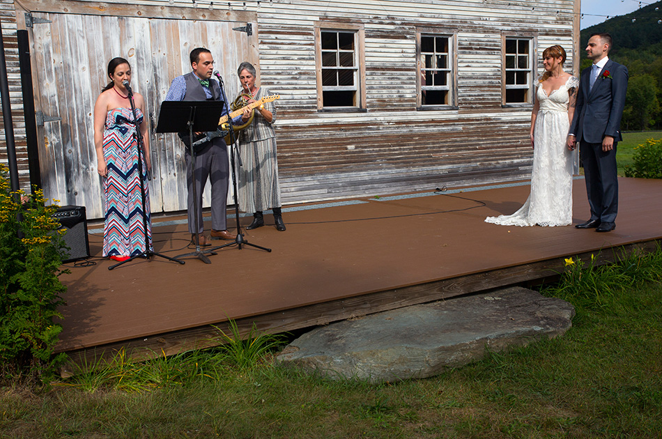 farmhouse-inn-wedding-woodstock-vt-011